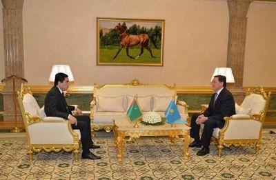 А.мамин: казахстан вносит весомый вклад в развитие устойчивой транспортной системы региона