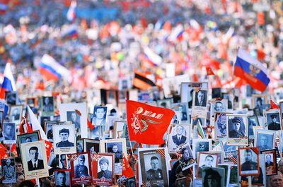 Акция помощи ветеранам войн вводит новый символ патриотизма- гвоздику