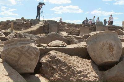 Археологи продолжают раскопки мавзолея в карагандинской области
