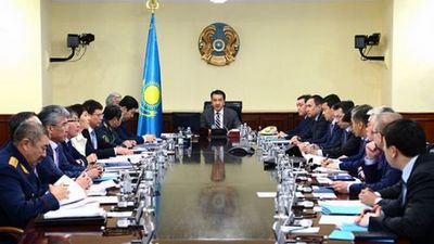 Б.сагинтаев заслушал акимов жамбылской и южно-казахстанской областей о ходе восстановительных работ после урагана