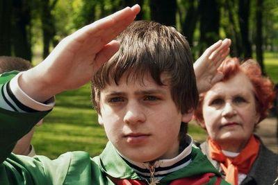Белорусские педагоги получили разнарядку на школьников, которые должны стать пионерами
