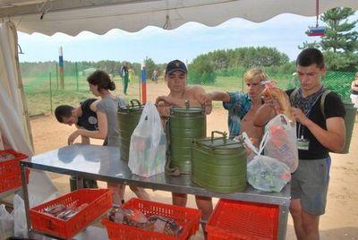 Более 100 участников форума селигер-2014 стали жертвами пищевого отравления