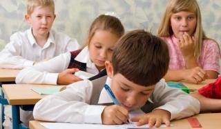 Депутаты предлагают запретить шестидневку в младших классах