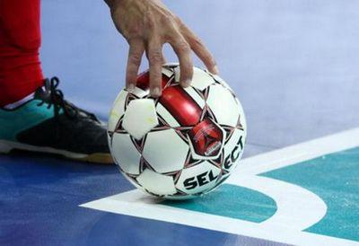 Футболисты ханты-мансийского банка стали победителями турнира по мини-футболу в рамках финала открытых игр-2016