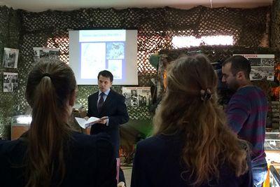 Газета.ru посмотрела, как в московской школе проходит урок, посвященный крыму
