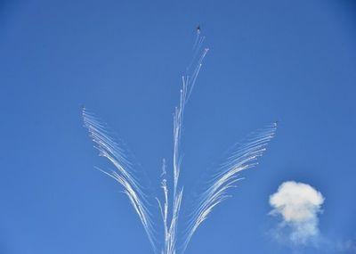 Грандиозное шоу в небе устроили военные летчики казахстана