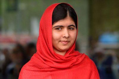 Известная правозащитница малала юсуфзай отметила 19-летие в лагере беженцев