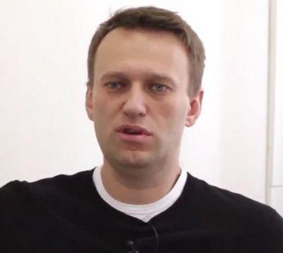 Эксперт: youtube спрятал российский ролик о навальном и гитлере
