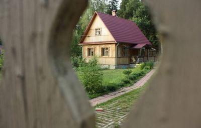К чему снится чужой дом, жить в чужом доме? основные толкования разных сонников - к чему снится чужой дом