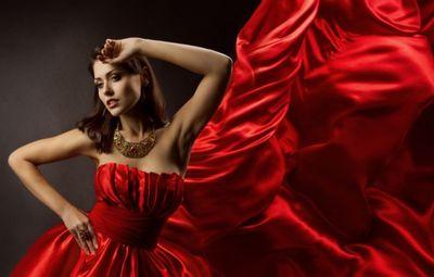 К чему снится красное платье: покупать, надевать, носить, порвать? основные толкования - к чему снится красное платье молодой девушке