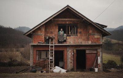 К чему снится старый дом: знакомый или незнакомый? основные толкования: к чему снится старый дом, в котором раньше жил