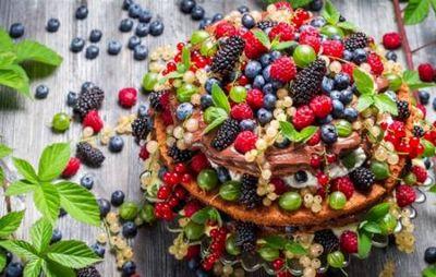 К чему снятся ягоды: спелые, вкусные, чёрные, неизвестные? основные толкования разных сонников - к чему снятся ягоды?