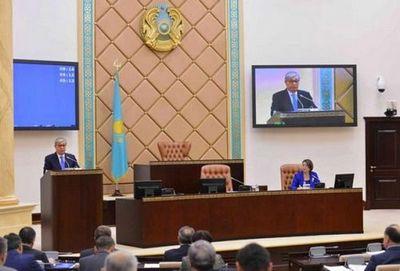 К.токаев: необходимы системные меры в сфере занятости