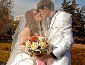 Как не ошибиться при первом поцелуе