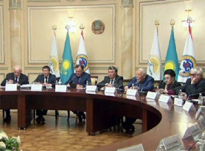 Казахстанская интеллигенция высказалась о спорах вокруг продажи и аренды земель