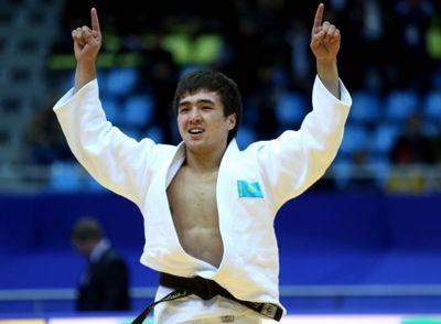 Казахстанские спортсмены успешно вступили в борьбу за медали олимпиады