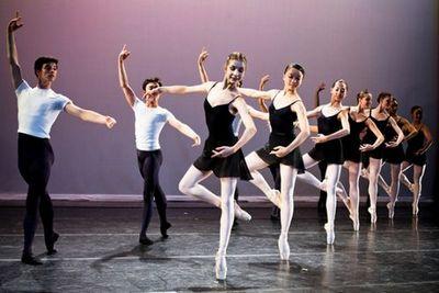 Казахстанские танцоры балета приняли участие в мастер-классах в нью-йорке