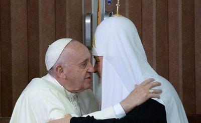 Консервативный религиозный альянс между папой и патриархом - «наука»