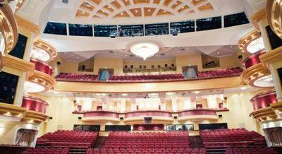 Культурная афиша тюмени на август: концерт евгения дога, детский мюзикл и страсти на сцене драмтеатра