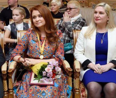 Лена колесникова награждена медалью «спешите делать добро» - «новости челябинска»