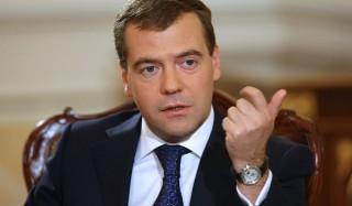Медведев потребовал разобраться с ростом смертности