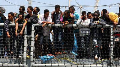 Мигрантский кризис переместился из лагеря в кале на улицы парижа