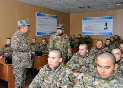 Министр обороны рк проверил ход подготовки специалистов артиллерии
