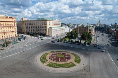 Мосгордума решила, что монумент князю владимиру должен стоять на боровицком холме
