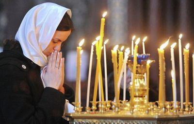 Можно ли ходить церковь во время месячных: разные точки зрения. как правильно ответить мирянам, можно ли ходить в церковь во время месячных