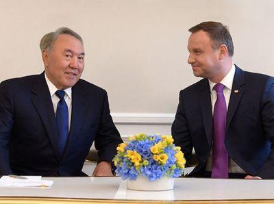Н.назарбаев затронул щепетильную для польши тему отношений с россией