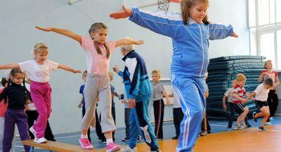 Нагрузки на уроках физкультуры распределят по возрасту