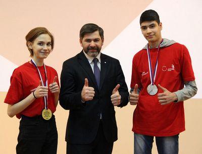 Наши руки в топ 100 лучших в россии!