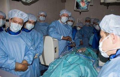 Образовательный курс по спинальной хирургии произвел неизгладимое впечатление на гостей фцн тюмени