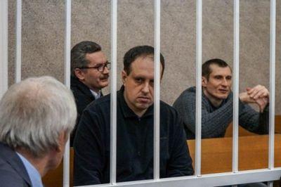 Обвиняемые белорусские публицисты: здесь судят свободомыслие - «общество»