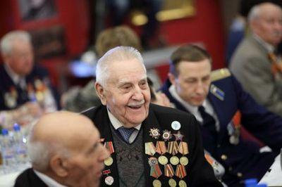 Омк поздравит ветеранов вместе со школьниками поселка новосинеглазово - «новости челябинска»