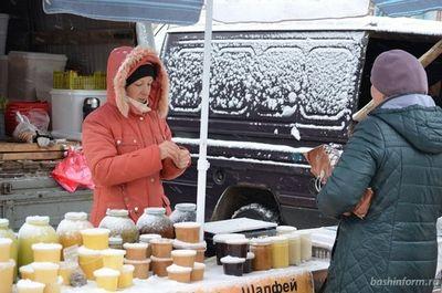 Островитяне, работающие зимой на улице, рассказали, как не замерзнуть