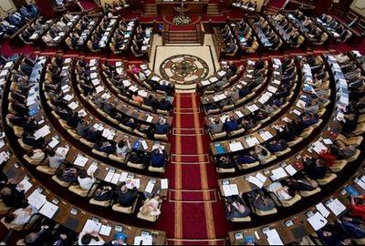Парламент принял декларацию 25-летия независимости рк