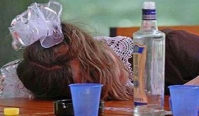 Пьяному ребенку не место в школе