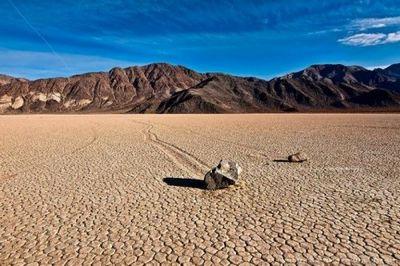 Почему по американской пустыне бродят трехсоткилограммовые камни - «общество»