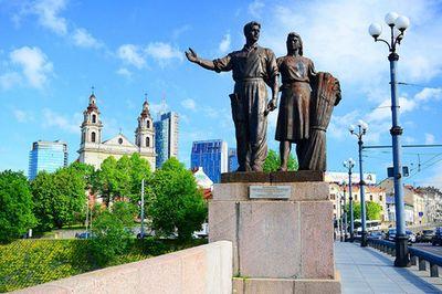 Почему в болгарии вновь осквернен памятник советским солдатам