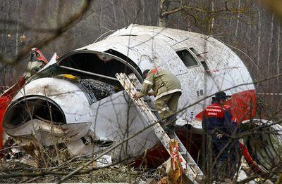 Польша обнародовала новые детали авиакатастрофы под смоленском