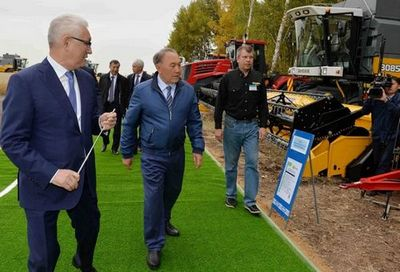 Президент казахстана посетил ряд соцобъектов ско