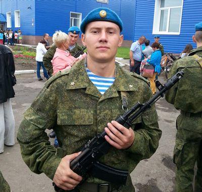 Родители пострадавших десантников ищут деньги на проезд до омска и москвы