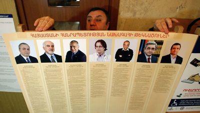 Роскомнадзор рассказал журналистам, как освещать выборы и самоубийства