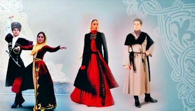 Самый экстравагантный сувенир из грузии – национальная одежда
