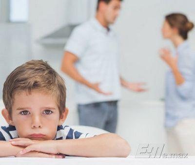 Семейные ссоры тормозят развитие мозга ребенка