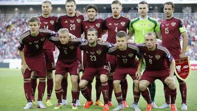 Сериал не окончен: петиция о роспуске футбольной сборной снова ушла адресатам