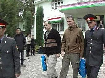Суд в таджикистане признал летчиков виновными и отпустил их