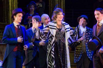 Театр мюзикла блистает в самом центре