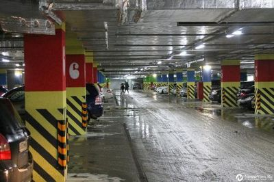 Тюмень парковочная: топ-5 стоянок для авто в центре города